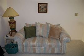 Sw Loveseat with Matching Sofa