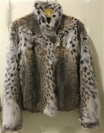 natural bobcat jacket approx size 8-10, M