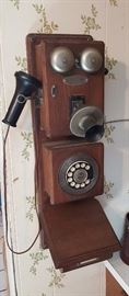 Reproduction wall phone