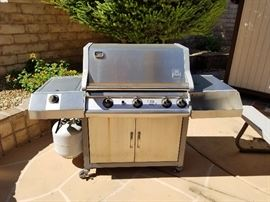 Gas Grill Very nice condition