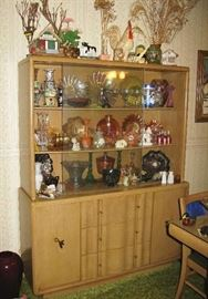very nice MCM dining room set  china cabinet 20.00 !
