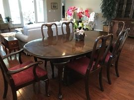 Queen Ann Dining Room Table with Six Chairs - Just in time for the Holidays!