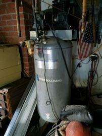 Ingersoll-Rand 'Shop' Compressor