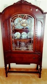 Matching china cabinet to previous sideboard - very nice!