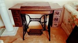 Hard to find 3 drawer Singer sewing machine - very nice!