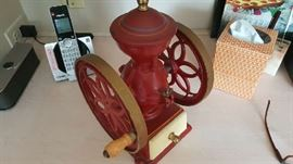 ANTIQUE INTERNATIONAL COFFEE GRINDER