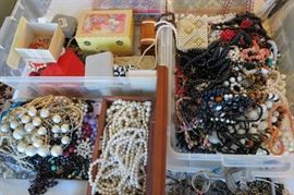 Vintage BEADS BEADS & More Beads