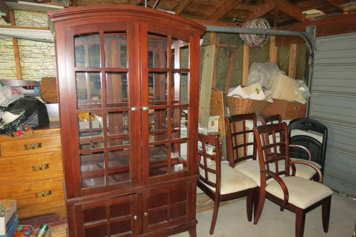 Dining room Hutch and Chairs.. Table is there