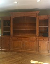 Ethan Allen wall unit with hydraulic TV lift
