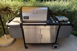 Very Nice Weber Grill