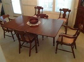 Antique Dining Table / 6 Chairs (2 Captains) $ 420.00
