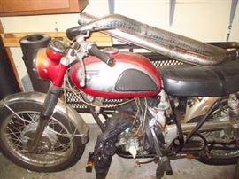 1968 Kawasaki Avenger Motorcycle w/title