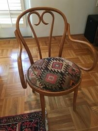 Lovely Bentwood chair