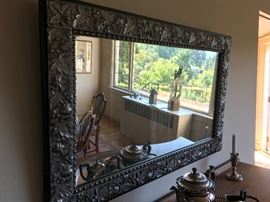 closer view of the wonderful mirror for sale