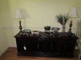 Lamps, three door buffet, silverplate items
