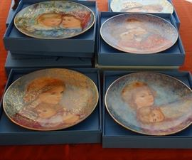 EDNA HIBEL COLLECTOR PLATES