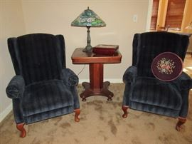 Tiffany-style lamps, Blue Recliners