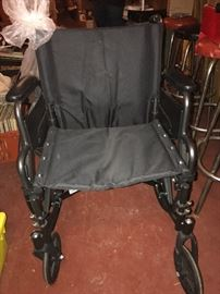 Everest & Jennings Traveler L4 wheelchair - like new