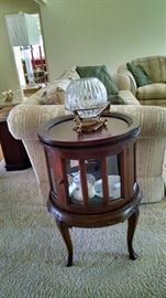 End table / Tea Cabinet