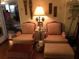 Matching chairs with one footstool.  Floor lamp with glass table
