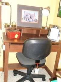 small desk & office chair