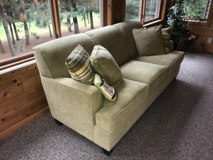 Flex steel 80inch sofa