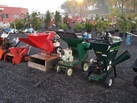 CHIPPERS/GARDEN EQUIPMENT