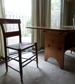 Arts & Crafts Drop Leaf Table with 4 Chairs