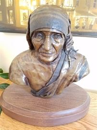 Bronze Mother Teresa by Sarah Durand - Schooled by CW Smith.