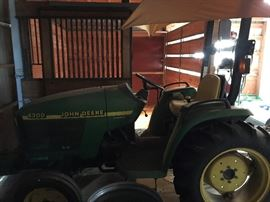 John Deere 4300 Tractor with Attatchments