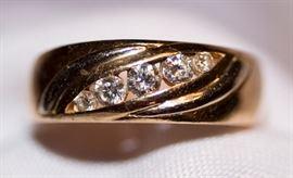 10k Diamonds Men's Ring