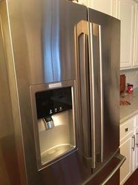 Electrolux Refrigerator/ Freezer