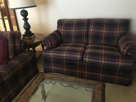 This Drexel Love Seat and Sofa look Brand New!   No signs of wear at all.