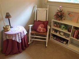 A relaxing corner in the teddy bear room