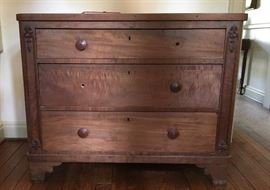 Good Old Chest - has missing knobs