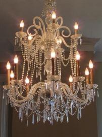 Huge, beaituful crystal chandelier