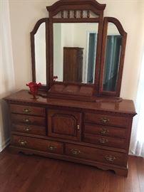 #3Oak Wood Dresser with Hutch  5ftx18x32 Mirr  50x48 $275.00