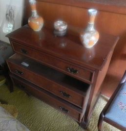 SMALL DRESSER WITH MATCHING PIECES