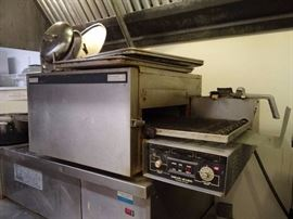 Lincoln Wear Ever Impinger II Electric Conveyor Pizza Oven (#5209)