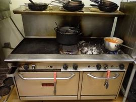 "Saturn 6-Burner Stovetop with 24"" Griddle and Double Oven Below (#5210)"