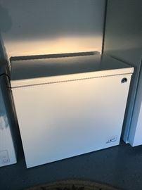 Igloo Chest Freezer, 7.2 c.f.