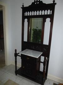FOYER STORAGE CONSOLE WITH MARBLE TOP ANDMIRRORED BACK AND BEAUTIFUL DETAIL