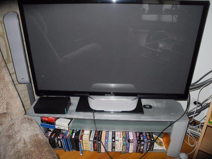 Flat screen TV, suround sound