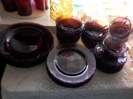 Amethyst dinner ware