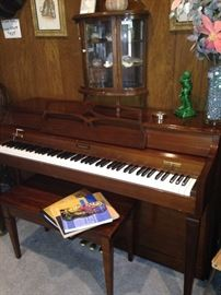 Baldwin piano