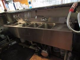 Eagle Fully Stainless 4 Bay Bar Back Sink