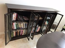 Bassett Black Wood Display Cabinet - Detail