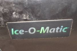 ICE O MATIC ICE MACHINE 400 POUNDS