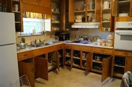 Full Kitchen Cabinets