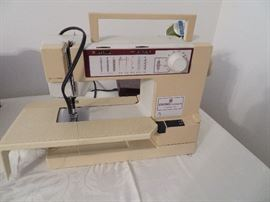 Viking Classica 100 sewing machine